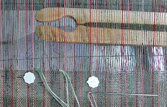 weaving with two shuttles